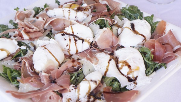 Arugula Salad with Proscuitto and Poached Eggs